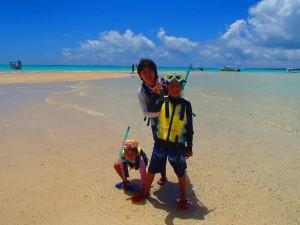浜島で記念写真